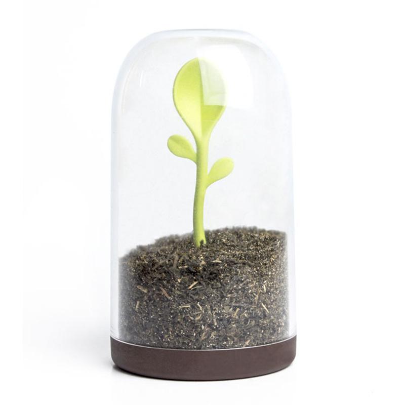 Контейнер для сыпучих продуктов с ложкой Sprout Jar Qualy QL10205-BN | Купить в Москве, СПб и с доставкой по всей России | Интернет магазин www.Kitchen-Devices.ru