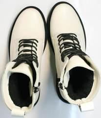 Белые кожаные ботинки женские зимние Ari Andano 740 Milk Black.