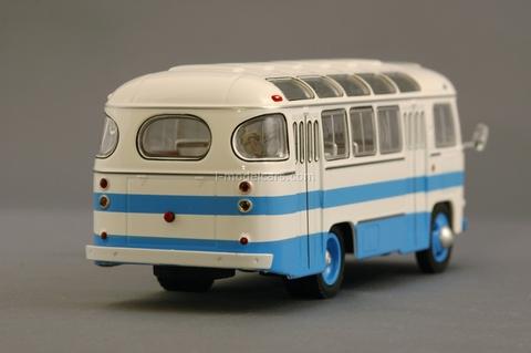 PAZ-672 white-blue Classicbus 1:43