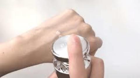 Премиум-сыворотка с икрой и платиной Ottie Platinum Aura Nutri-Intensive Serum