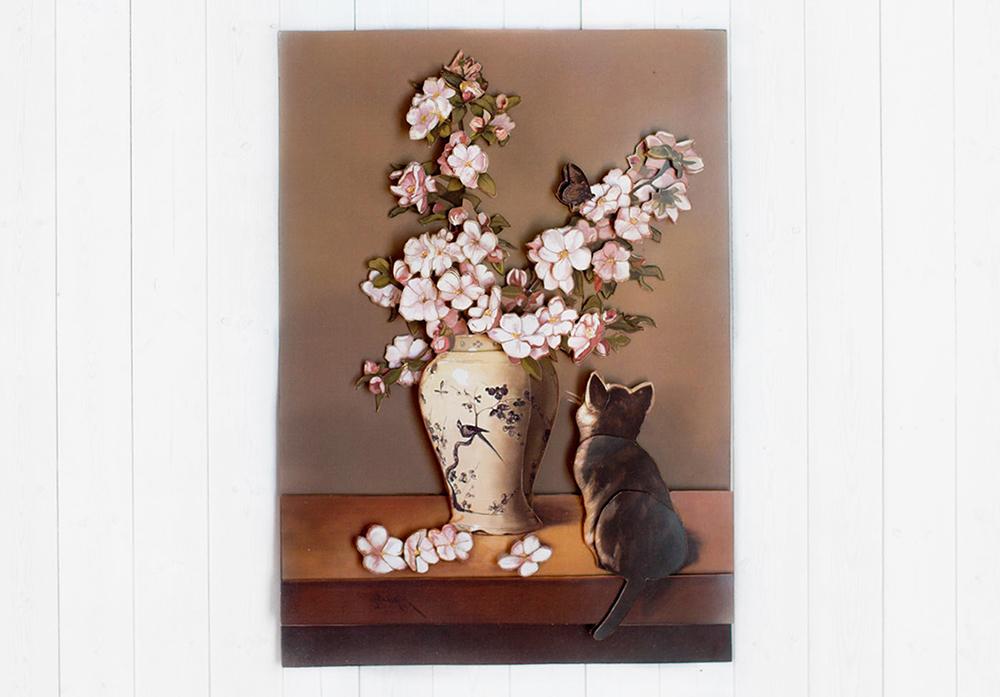 Котенок и весна - готовая работа, фронтальный вид.