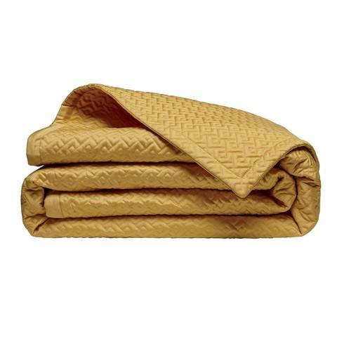 alexandre-turpault-accessoire-couvre-lit-de-luxe-jaune-dore-matelasse-satin-de-coton-palace.jpg