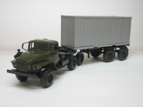 Ural-44202 with semitrailer container khaki-gray Elecon 1:43
