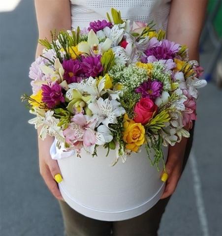 Шикарная коробка с микс цветами