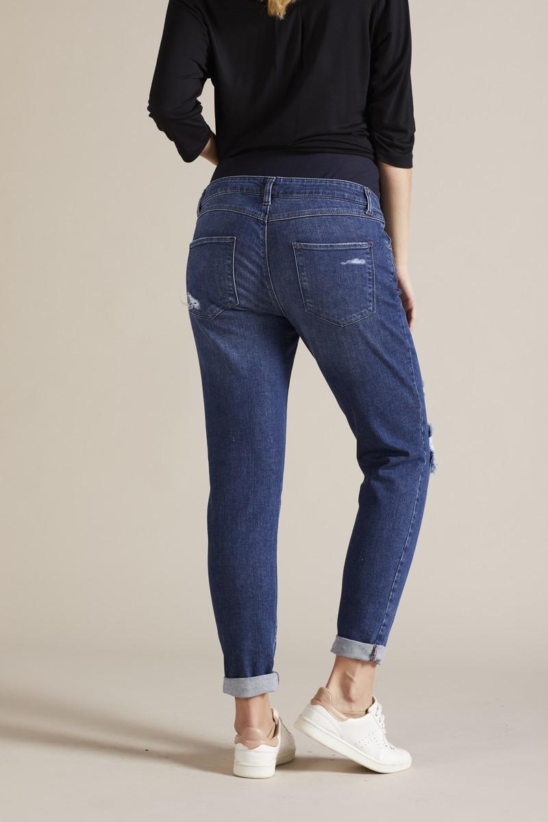 Фото джинсы-бойфренды для беременных GEBE, укороченные, широкий бандаж, потертости от магазина СкороМама, синий, размеры.