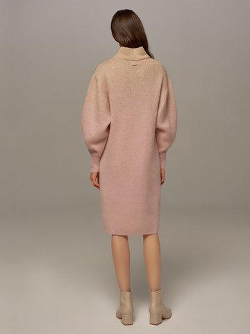 Женское платье светло-розового цвета с объемными рукавами - фото 2