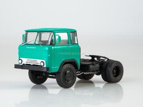 KAZ-608 Colchis tractor truck green 1:43 Legendary trucks USSR #7