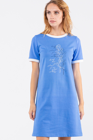 Фото платье-футболка насыщенно синего цвета с дизайнерским принтом - Платье З462-603 (1)
