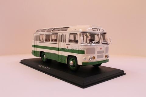 PAZ-672 white-green Classicbus 1:43