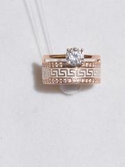 Кольцо из золочёного серебра с эмалью с фианитами