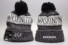 Шерстяная вязаная шапка футбольного клуба Washington Redskins (Вашингтон) NFL с помпоном