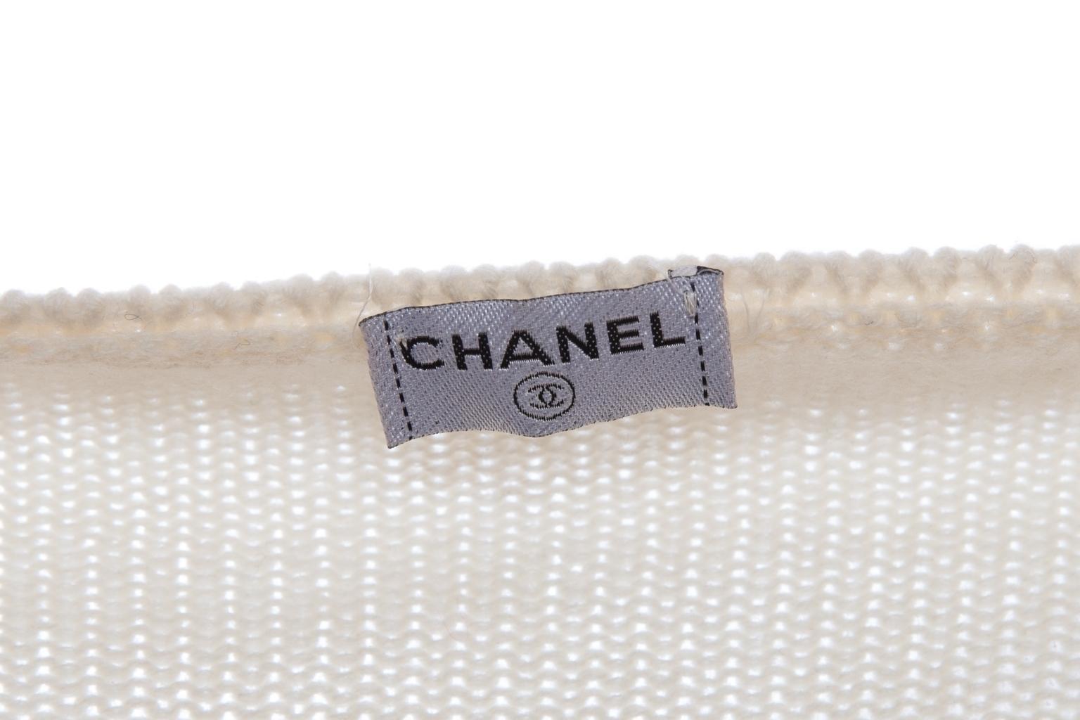 Трикотажный костюм-тройка из кашемира от Chanel, 46 размер