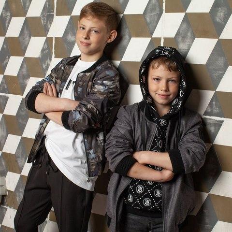 Детский бомбер на мальчика с авторским принтом