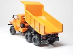 Ural-55571 tipper orange Elecon 1:43