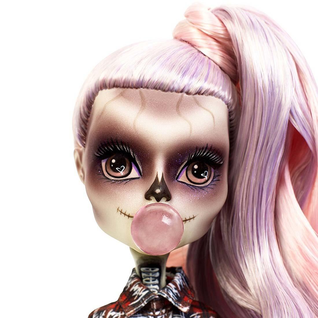 линейке необычных промо фото куклы гага некоторых регионах