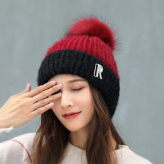 Вязаная женская шапка с помпоном (бордовая/ черная)