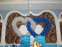 Двойное сердце из шаров (на каркасе)
