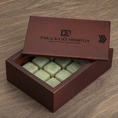 Камни для охлаждения виски из буромского нефрита. Набор 9шт. в деревянной коробочке.