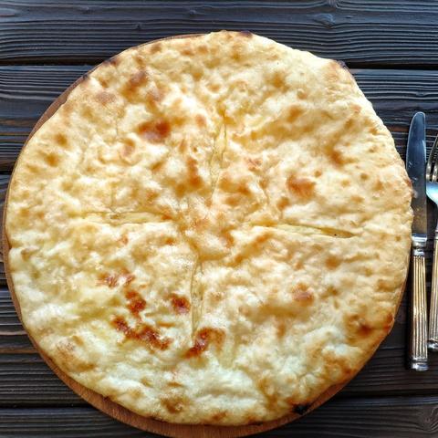 Фотография Хачапури с картофелем и сыром, 22 см / 350 г купить в магазине Афлора