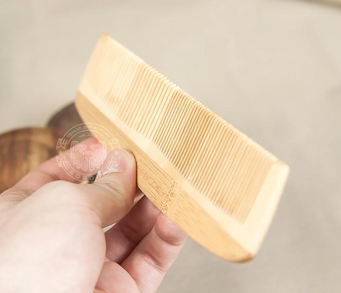 RAZ228 Крупная расческа из клееного дерева разных пород фото 06