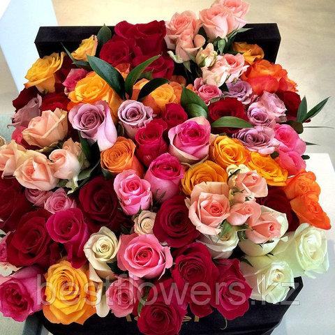Коробка Maison Des Fleurs с розами 12