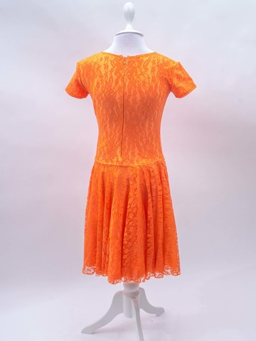 Рейтинговое платье - бифлекс с гипюром