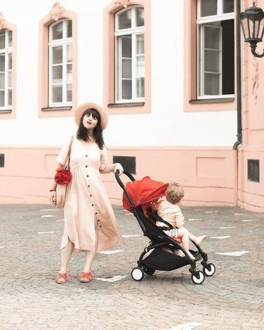 Аренда прогулочной коляски BabyZen YoYo 6+ красная