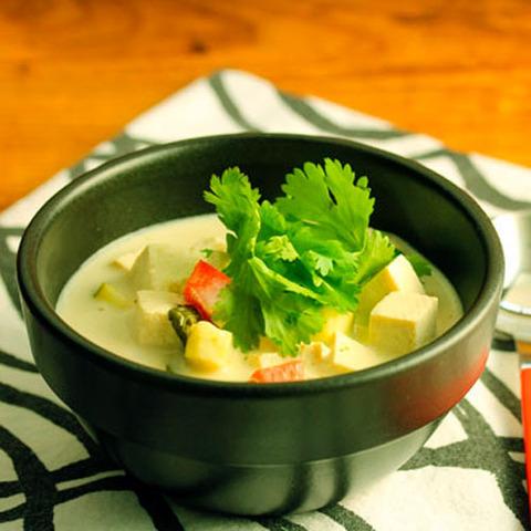 https://static-ru.insales.ru/images/products/1/5177/36770873/thai_green_soup.jpg