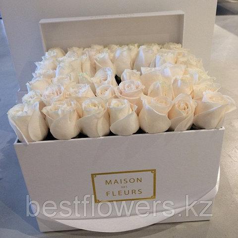 Коробка Maison Des Fleurs с розами 21