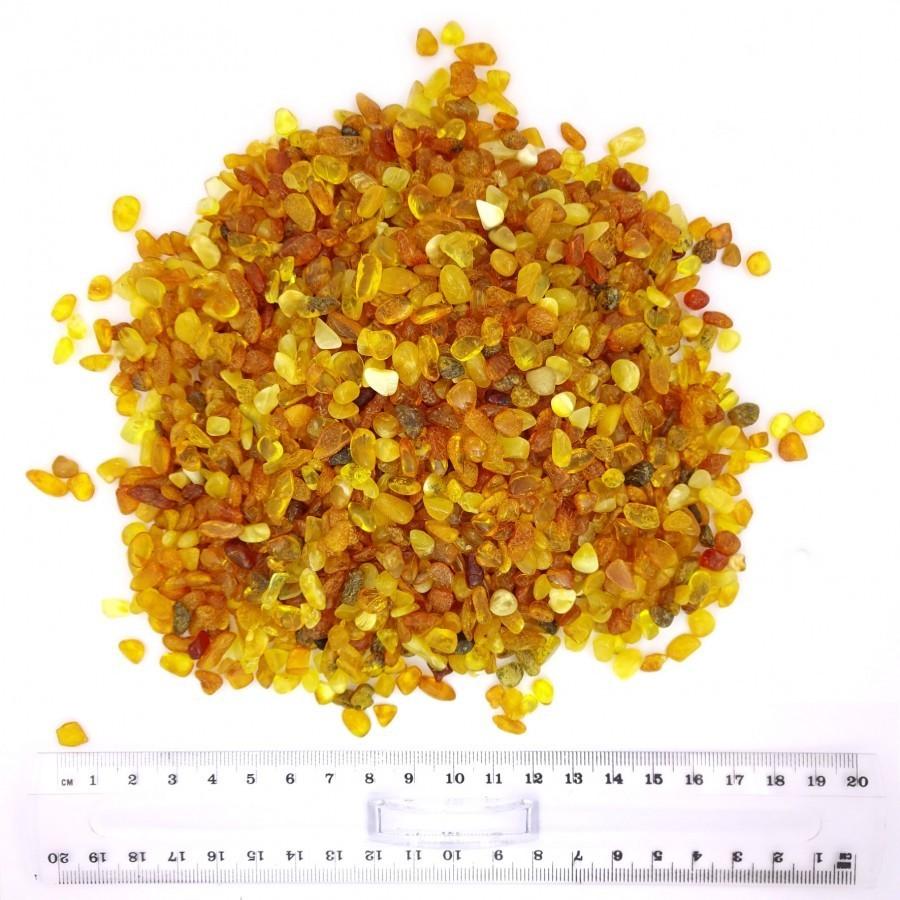 Янтарная крошка (полуфабрикат), фракция 6-8 мм (светлый) полированный