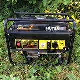 Бензиновый генератор Huter DY3000L - фотография