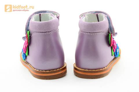 Босоножки на первый шаг Тотто из натуральной кожи на липучках для девочки, цвет сирень. Изображение 8 из 16.