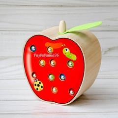 Поймай червячка яблочко