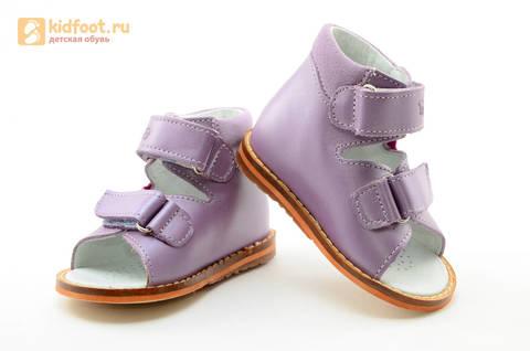 Босоножки на первый шаг Тотто из натуральной кожи на липучках для девочки, цвет сирень. Изображение 10 из 16.