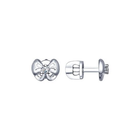 94022492- Пусеты-бантики из серебра с фианитами от  SOKOLOV