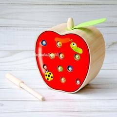 Поймай червячка яблоко из дерева