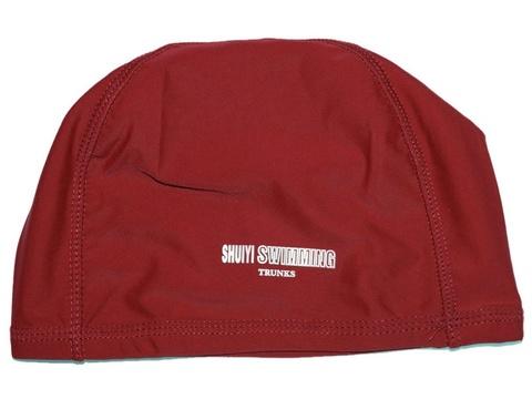 Шапочка для плавания тканевая. Безразмерная, взрослая. Вставка эргономично придает форму шапочке. Сочетание полиамида и эластомера делает ткань эластичной и прочной одновременно. Полиэтиленовая упаковка. AL-1117-ц  (Красный)