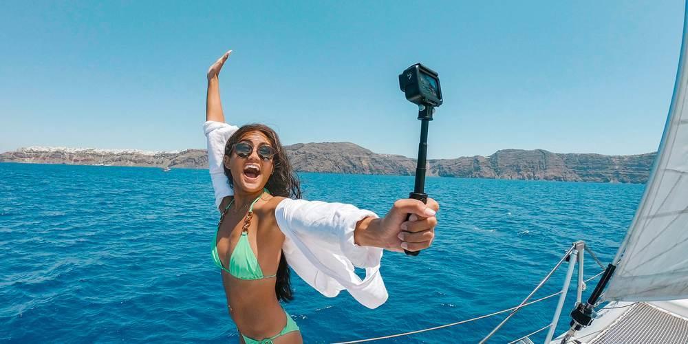 Видеокамера GoPro HERO7 Black Edition + SD Card (CHDSB-701) на шатативе