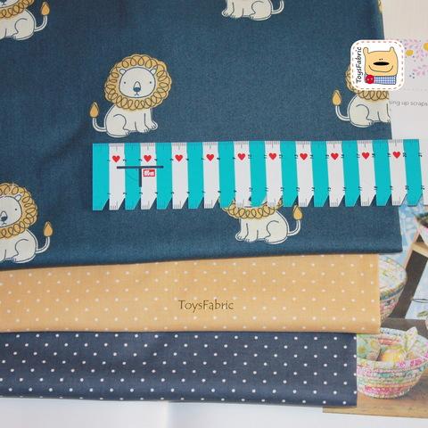 Набор тканей для пэчворка 51809 Львы на синем (45х35см/3шт.)