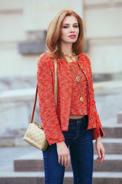 Стильная сумка из золотистой кожи Chanel
