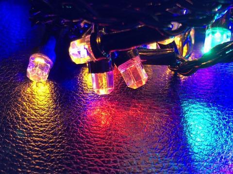 Штора-гірлянда Кришталь 180 LED E 1.5 на 1.5 м. тепло-біла
