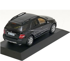 Mercedes ML 500 2005 black Altaya 1:43