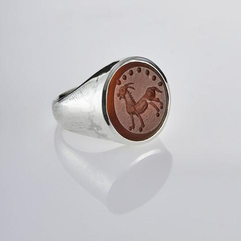 Кольцо-печатка с инталией 18.5 (сердолик, антик)