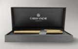 Шариковая ручка Carandache Madison Cisele GP латунь позолота (4680.282)