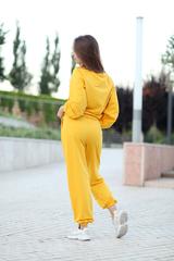 Спортивный костюм желтого цвета женский купить