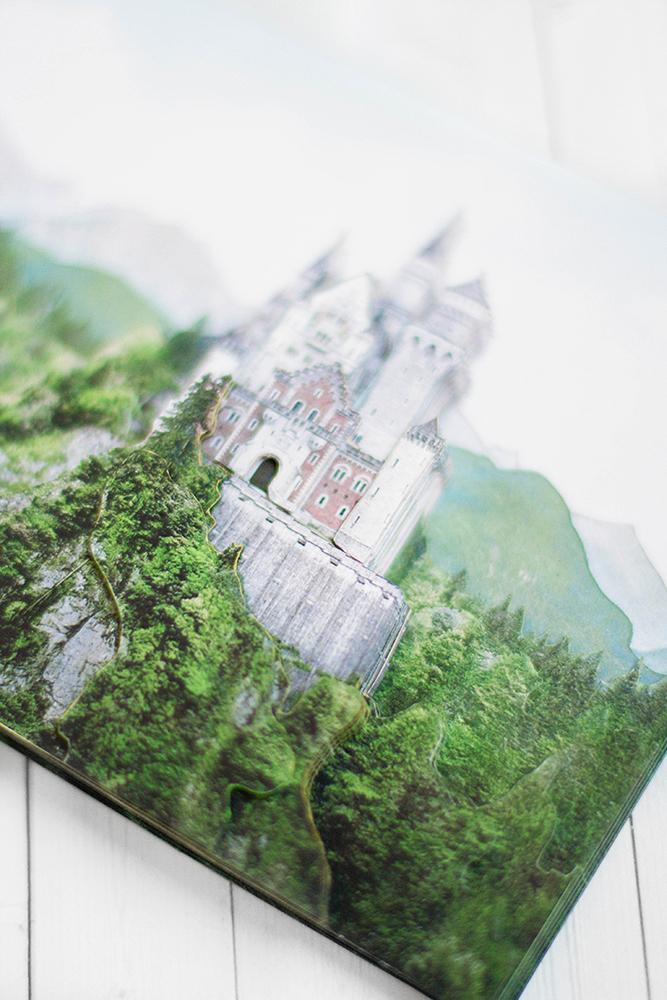 Замок в Баварии - готовая работа, детали сюжета.