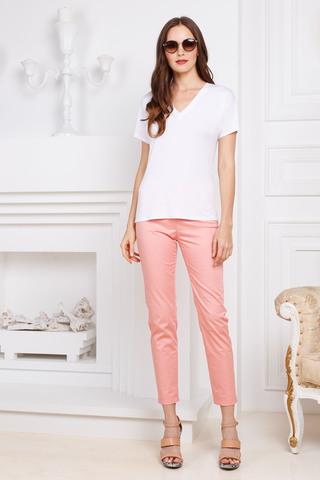Фото светло-розовые укороченные хлопковые брюки со средней посадкой и брючными карманами - Брюки А467-784 (1)