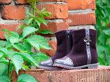 Демисезонные полусапожки Лель (LEL) из натуральной кожи на байке для девочек, цвет фиолетовый. Изображение 3 из 15.