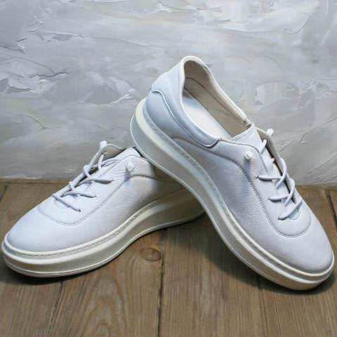 Кожаные кеды кроссовки белые на высокой подошве. Женские сникерсы кеды с белой подошвой Rozen-W.