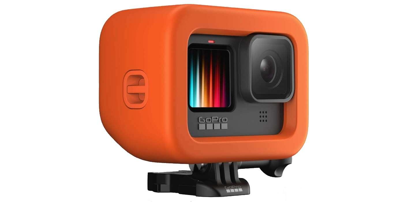 Поплавок для камеры GoPro HERO9 (ADFLT-001) Floaty с камерой вид слева